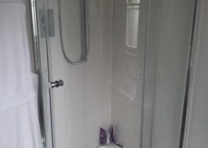 shower-installation-camberley-300x214-1